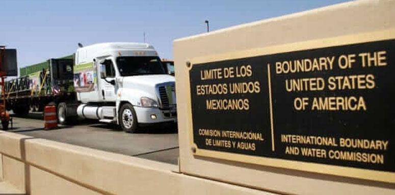 truck crossing the border