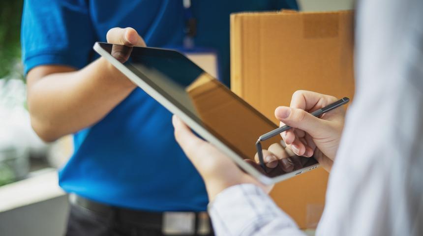 icat logistics signing - Expedite