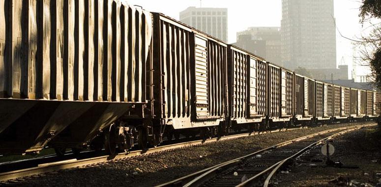 train on train track
