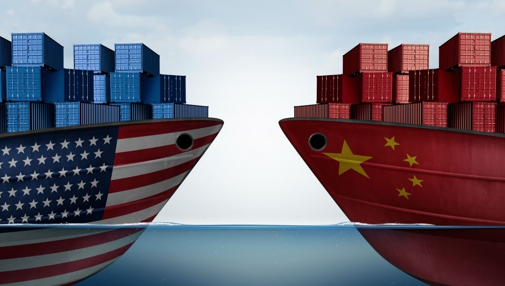 China usa boats facing eachother with cargo